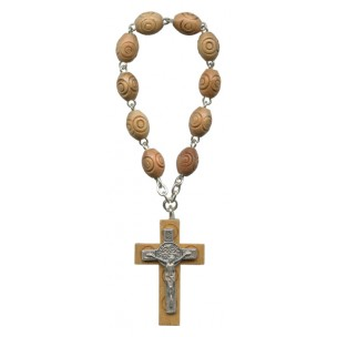 http://www.monticellis.com/3713-4124-thickbox/carved-olive-wood-decade-rosary-with-stbenedict-cross.jpg